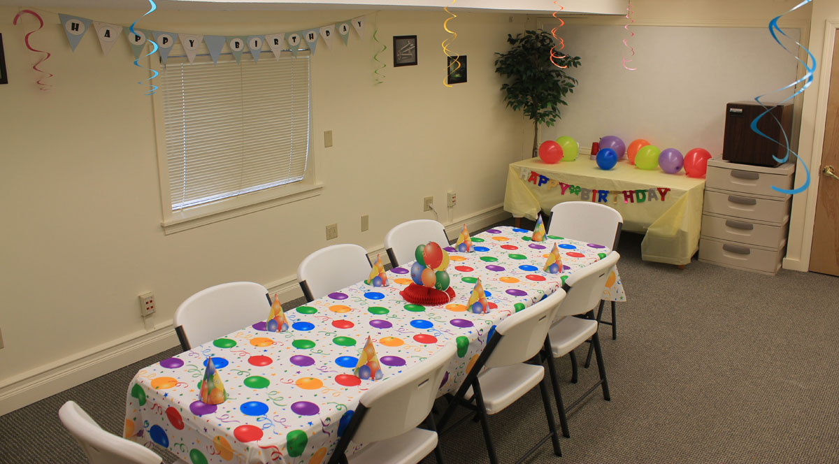 Meeting Birthday Room